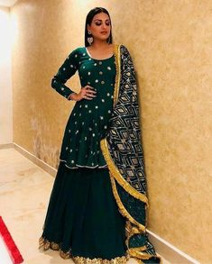 Lehenga Style, Lehenga Choli, Sharara, Designer Gowns, Indian Designer Wear, Designer Clothing, Designer Shoes, Women's Clothing, Indian Attire