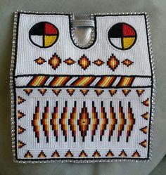 McKays family beadwork on FB Native Beadwork, Native American Beadwork, Beaded Purses, Beaded Bags, Bead Loom Patterns, Beading Patterns, Native American Crafts, Bead Sewing, Nativity Crafts