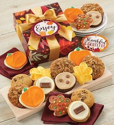 This fall, send a cookie gift to all of your friends. Cheryl's fall-themed cookies and treats are the sweetest way to send a message during the autumn season. Peanut Butter Frosting, Cookie Frosting, Butter Pecan, Buttercream Frosting, Fall Decorated Cookies, Fall Cookies, Cut Out Cookies, Cookie Gift Boxes, Cookie Gifts