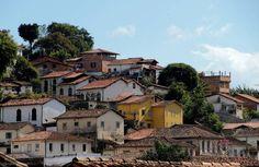 #ouropreto #mg #brazil #casasdeminas #vilarica #rosario #cidadehistorica #conjuntodecasas #planejamentourbano #houses #city #cidades #população #urbanlandscape #urbanismo by sergioraphael