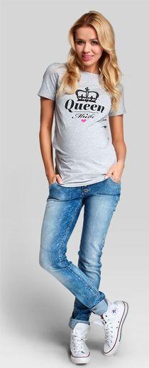 boyfriend jeans Pregnancy Jeans, Funny Pregnancy, Maternity Jeans, Boyfriend Jeans, Queen, T Shirt, Tops, Fashion, Supreme T Shirt