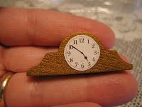 Dollhouse Decorating!: How to make your own dollhouse mantel clock...