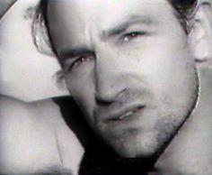 Paul Hewson, Larry Mullen Jr, Bono U2, Jeff Buckley, Secret Crush, Living Legends, Good People, Light In The Dark, How To Look Better