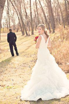 A great first look photo. Photo by Sarah M. #weddingphotographersminnesota #firstlook