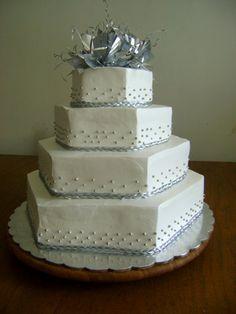 pastel-de-boda4-pisos-hexagonal.jpg (500×667)