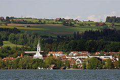 Sempach Bird Observatory in beautiful Sempach - lovely playground, beautiful town centre.