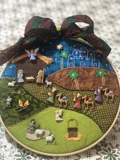 Family Christmas Gifts, Christmas Crafts, Christmas Decorations, Xmas, Nativity Ornaments, Christmas Nativity, Happy Holidays, Fabric Scrap Crafts, Wall Decor Crafts