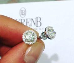 Beautiful diamond studs ........ I WANT