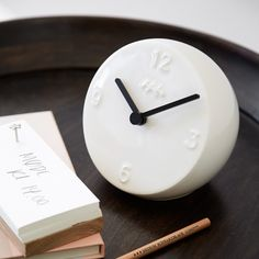 The black/white look makes the clock perfect for all types of interior design. Let it adorn your office, kitchen, living room or bedroom.