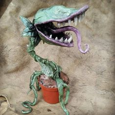 Carnivorous man-eating Plant made for order   Etsy Holidays Halloween, Halloween Crafts, Happy Halloween, Fire Crafts, Plant Monster, Deco Harry Potter, Clay Monsters, Plante Carnivore, Adornos Halloween