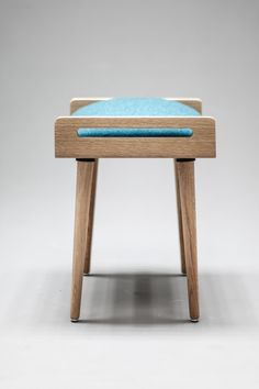 Seat / stool / Ottoman / bench made of solid oak by Habitables