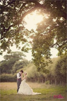 Helen & Rich | Perfectly pretty Sandhole Oak Barn Wedding » Katy Lunsford Photography