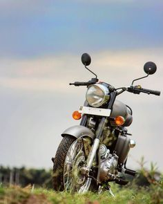 Bullet Bike Royal Enfield For Editing 20 Ideas Studio Background Images, Editing Background, Picsart Background, Portrait Background, Enfield Bike, Enfield Motorcycle, Royal Enfield Bullet, Royal Enfield Classic 350cc, Royal Enfield Wallpapers