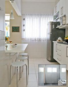 cozinhas brancas e bancada em madeira - Pesquisa do Google