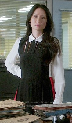 Joan's black, white, and red colorblock shirtdress on Elementary.  Outfit Details: https://wornontv.net/67693/ #Elementary