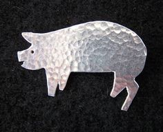 Image of Happy pig brooch or necklace.