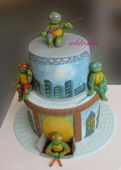 Ninja Turtles Cake. Chan would love this cake!
