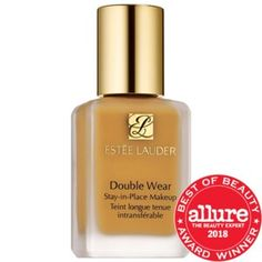 Shop Estée Lauder's Double Wear Stay-in-Place Foundation at Sephora. The flawless foundation that stays looking fresh through nonstop activity. Foundation Dupes, Best Foundation, No Foundation Makeup, Liquid Foundation, Flawless Foundation, Foundation Shade, Foundation Application, Powder Foundation, Estee Lauder Double Wear