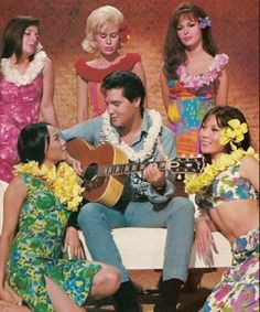 In Paradise Hawaiian Style, Elvis Presley returns to paradise where he juggles five girls while trying to make it as a helicopter pilot in the tourist business Elvis Presley Movies, Elvis Presley Photos, Elvis Presley Hawaii, Twenty One Movie, Michael Ronda, Cinema, Blue Hawaii, Hooray For Hollywood, Vintage Hawaiian