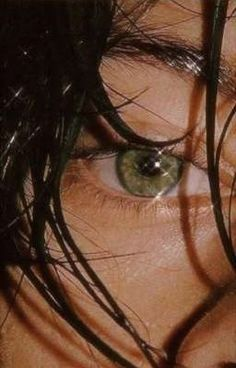 Harry Styles Eyes, Harry Styles Pictures, Harry Styles Rosto, Larry Stylinson, Harru Styles, Harry Green, Style Lyrics, Eyes Wallpaper, Aesthetic Eyes