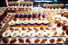 Ecco un assaggio dei nostri deliziosi finger food. Chi ne vuole uno? #cambusaligorini #catering #banqueting #fingerfood #delicious #food