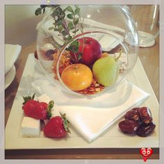 Welcome amenities at Hotel Bel-Air. Fresh fruit, dates and marshmallows. Wonderful!<br> Hotel Amenities, Hotel Suites, Front Desk Hotel, Fruit Presentation, Resorts, Hotel Bel Air, Oriental Hotel, Hotel Food, Food Stations