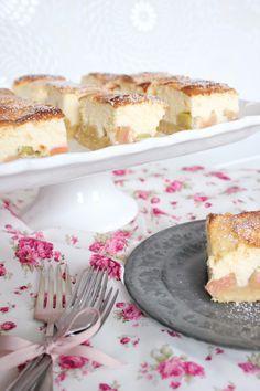 Rhabarberkuchen mit Quark
