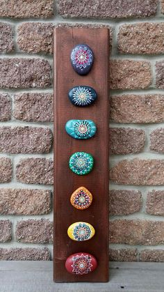Hey, I found this really awesome Etsy listing at w. - Hey, ich fand diese wirklich tolle Etsy-Auflistung bei w . Dot Art Painting, Rock Painting Designs, Pebble Painting, Pebble Art, Stone Painting, Painted Rock Cactus, Mandala Painted Rocks, Mandala Rocks, Mandala Art