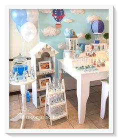 Hot air balloon Birthday Party Ideas | Photo 3 of 9 | Catch My Party