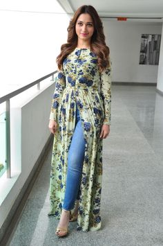 "High Quality Bollywood Celebrity Pictures: Tamannaah Bhatia Looks Super Sexy At ""Baahubali"" Promotional Interview In Hyderabad Pakistani Dresses Casual, Indian Fashion Dresses, Pakistani Dress Design, Indian Designer Outfits, Beautiful Dress Designs, Stylish Dress Designs, Designs For Dresses, Stylish Kurtis Design, Simple Kurti Designs"