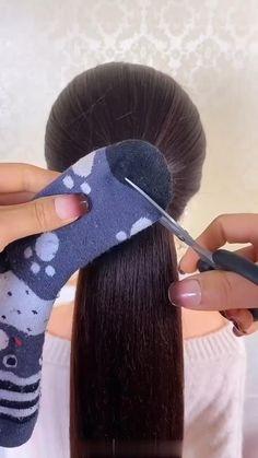 Hairdo For Long Hair, Bun Hairstyles For Long Hair, Hair Updo, Front Hair Styles, Medium Hair Styles, Natural Hair Styles, Hair Style Vedio, Hair Tutorials For Medium Hair, Creative Hairstyles