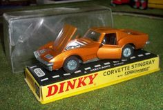 "Dinky Toys ""Corvette Spingray"" seltene Farbe Zustand sehr gut mit OVP"