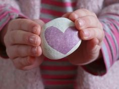 love heart pebbles - easy activity for kids and very cute!  http://www.herewearetogether.com/2012/02/12/kids-valentines-day-craft-love-pebbles-you-rock-rocks/#