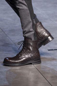 Dolce   Gabbana FALL-WINTER 2015 16 boots Scarpe Da Uomo 95f7a5919c9