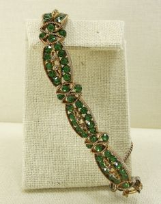 WEISS Brilliant Green Bracelet Oval Links Signed by PatziPlace