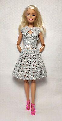 Barbie Dolls Diy, Barbie Clothes Patterns, Crochet Barbie Clothes, Doll Clothes Barbie, Barbie Dress, Clothing Patterns, Crochet Barbie Patterns, How To Make Clothes, Little Doll