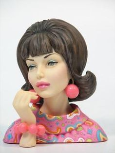 Vintage Glamour, Vintage Ladies, Retro Vintage, Retro Chic, Vintage Decor, Vintage Mannequin, Mannequin Heads, Short Eyelashes, Head Shapes