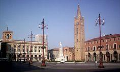 Forlì- Piazza Saffi