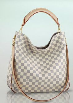 Order for replica handbag and replica Louis Vuitton shoes of most luxurious designers. Sellers of replica Louis Vuitton belts, replica Louis Vuitton bags, Store for replica Louis Vuitton hats. Fashion Moda, Fashion Bags, Womens Fashion, Fashion Handbags, Lv Bags, Purses And Bags, Tote Bags, Tote Purse, Stylish Men