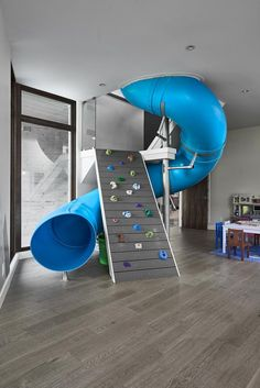 35 Favorite Playroom Design Ideas Must Have For Tiny Spaces - Having a kids playroom has many benefits. To begin with, you'll have a charming and pleasant environment where your little one may spend most of the t. Playroom Design, Kids Room Design, Awesome Bedrooms, Cool Rooms, Kids Bedroom, Bedroom Decor, Wall Decor, Indoor Playroom, Kids Furniture