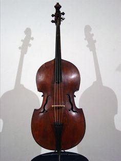 Violone / Double Bass by Jan U. Eberle: Prague (1750)