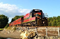 10 Best U.S. Train Trips to Take This Fall - CAPE COD CENTRAL RAILROAD, Massachusetts