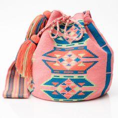 Hermosa Collection Wayuu Bags Handmade by One Thread at a time. Una Hebra Wayuu Mochila Bags of the Finest Quality. Freeform Crochet, Tapestry Crochet, Mochila Crochet, Ethnic Bag, Tapestry Bag, Diy Handbag, Crochet Purses, Crochet Bags, Boho Bags