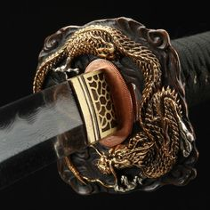 Real Samurai, Samurai Art, Samurai Weapons, Weapons Guns, Damascus Steel Sword, Dragon Sword, Ninja Sword, Types Of Swords, Sword Design