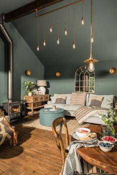 Sala em tons de verde!  #lampes #green #light #gold #room