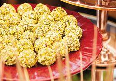 Crespinho de pistache com damasco