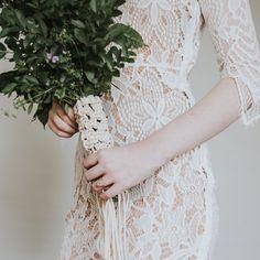 Bohemian Bride Macrame Wedding Bouquet Wrap by HeirloomAndBloomCo