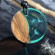 Bestseller/Resin wood necklace/dandelion/Harz Holz Halskette/ Pusteblumen/wood jewelry/epoxy/Medallion/Pusteblumenschmuck/dandelionjewelry/ – Diy Jewelry To Sell Epoxy Resin Art, Diy Resin Art, Diy Resin Crafts, Wood Resin, Wood And Resin Jewelry, Resin And Wood Diy, Diy Jewelry Rings, Diy Jewelry Unique, Diy Jewelry To Sell