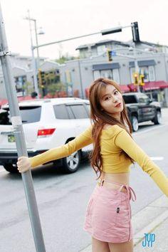 Twice nayeon is now being targeted by right wing netizens, Nayeon (나연) twice. Nayeon, Kpop Girl Groups, Korean Girl Groups, Kpop Girls, Bts K Pop, Sana Cute, Twice Songs, Rapper, Jihyo Twice