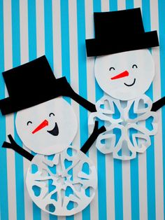How to Cut Snowman Snowflakes ways! Christmas Activities For Kids, Toddler Christmas, Craft Activities, Christmas Art, Diy For Kids, Crafts For Kids, Arts And Crafts, Paper Crafts, Diy Crafts